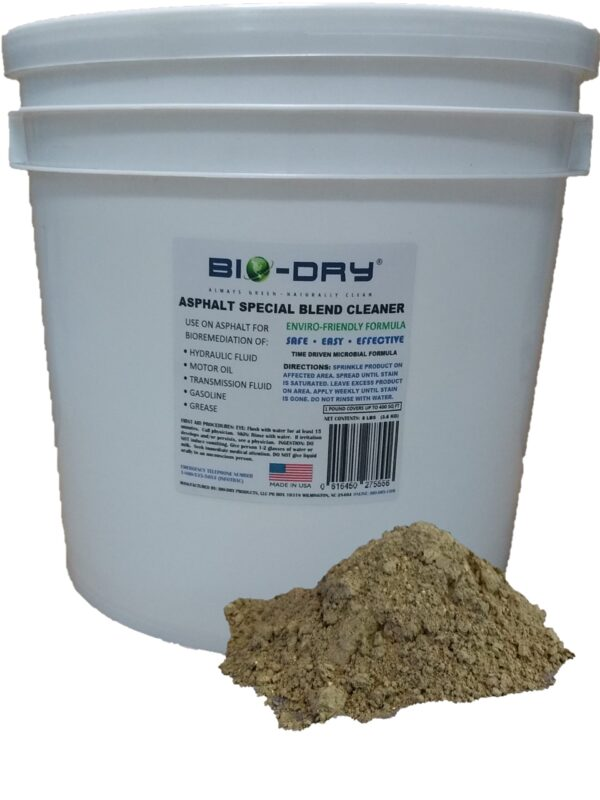 Asphalt Special Blend Cleaner used on hydraulic leaks and spills